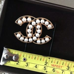 Jewelry - Chanel brooch